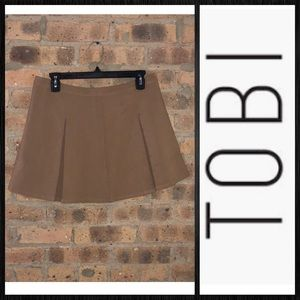 Tobi • PLEATED MINI SKIRT • Brown